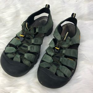 Men's Keen Water Shoes Black and Green